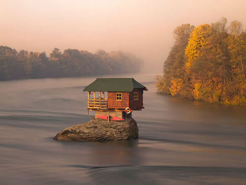 A Tiny River House In Serbia